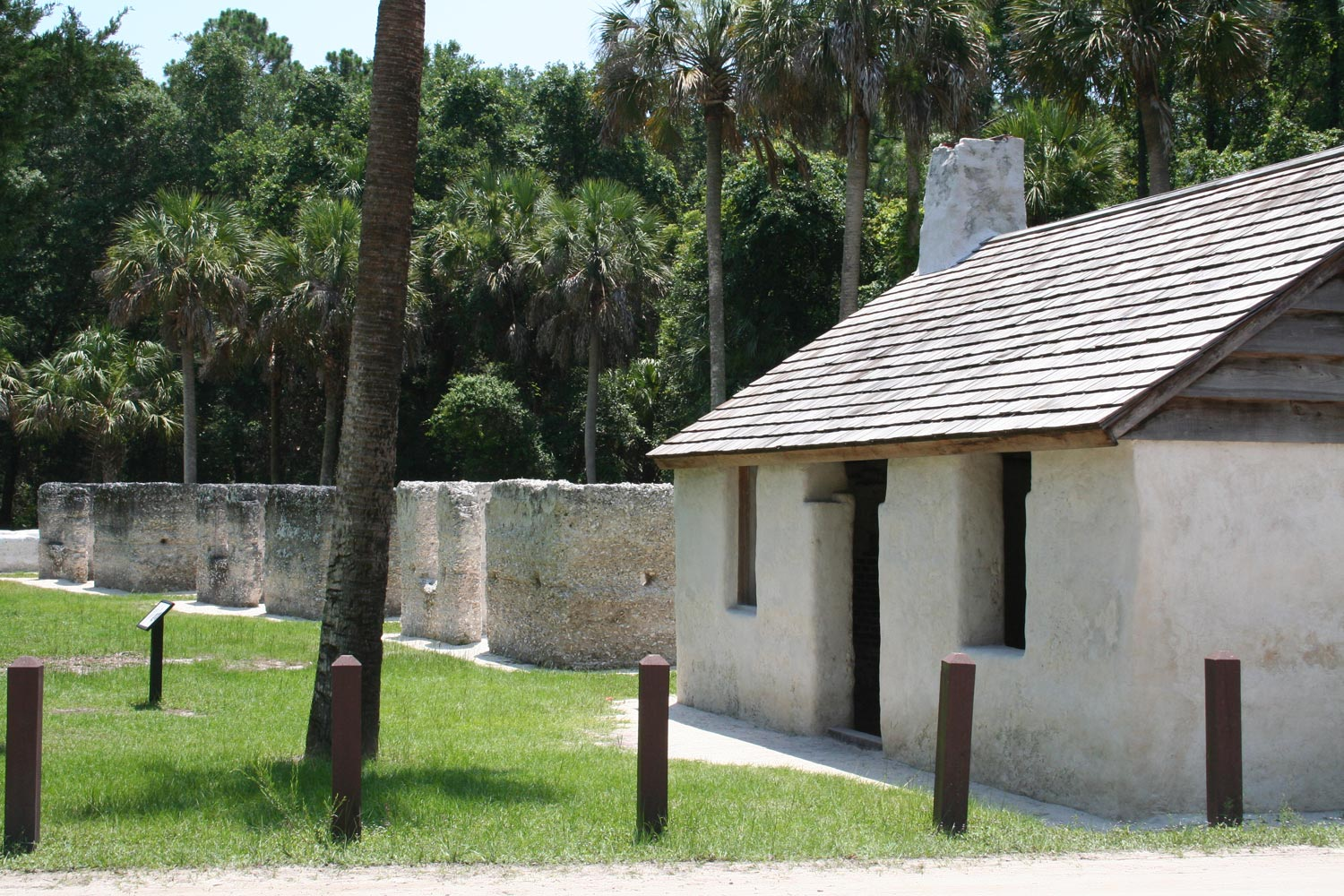 A modern view of a portion of the east arc of tabby slave cabins. [Cabins E-1 through E-4]. (Courtesy of James M. Davidson)