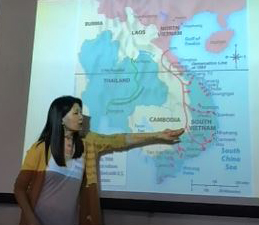 "Jane Hong conducting a session of the ""Immigration in American History"" Gilder Lehrman workshop for California educators, June 2018 (The Gilder Lehrman Institute)"