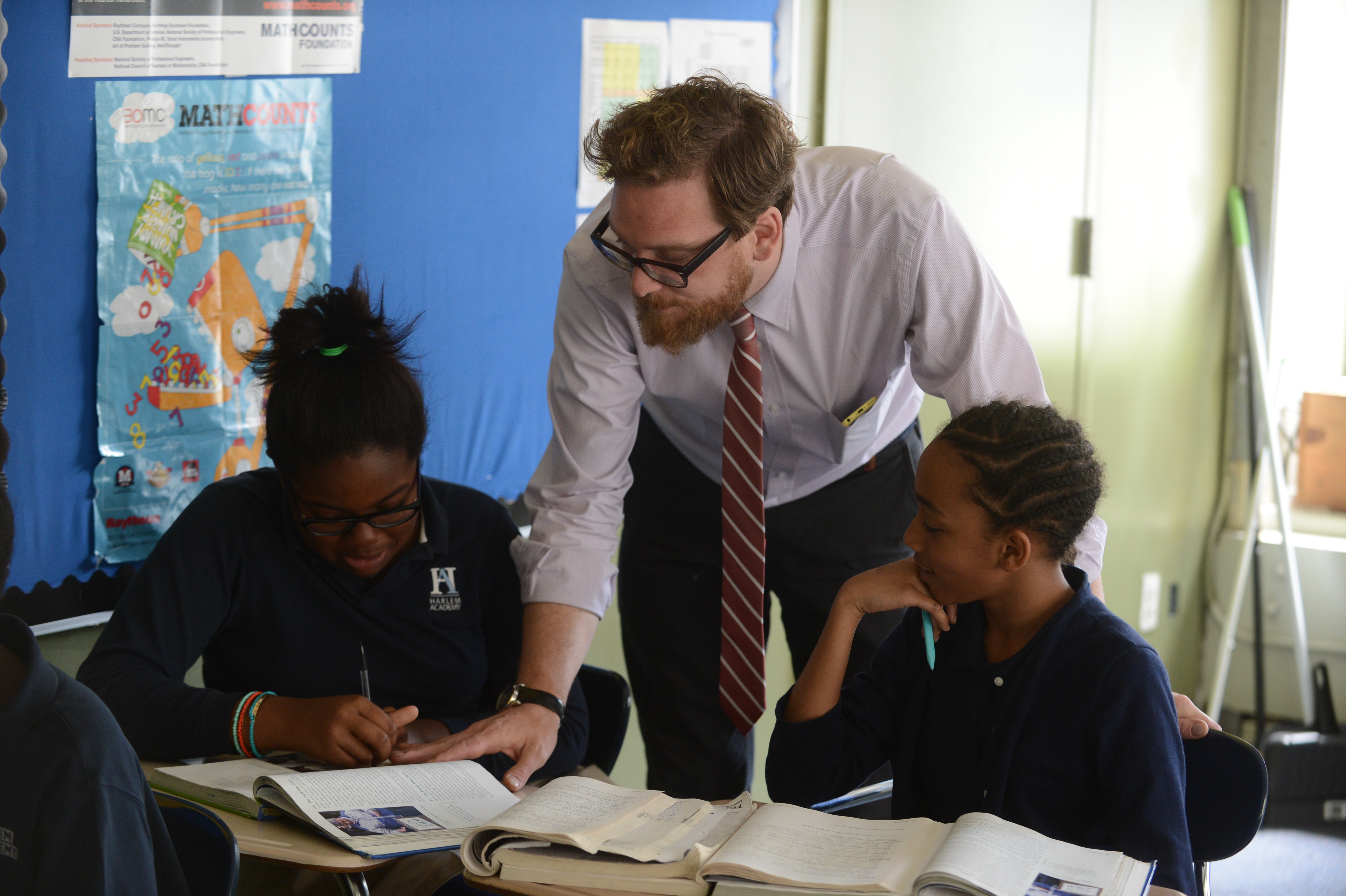 Sean Robertson, 2016 New York History Teacher of the Year, with his students at Harlem Academy Middle School