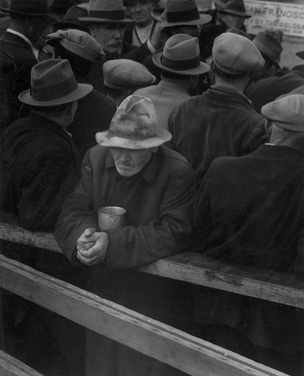 cinderella man essay great depression Many of the faces in cinderella man are nameless they're the faces of men  caught in the web of the great depression: faces of fathers who can't provide for.