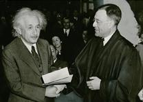 Albert Einstein becomes US citizen, October 1, 1940 (Library of Congres