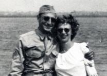 Moe and Sylvia Weiner (GLC09414)