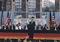 Ronald Reagan at the Berlin Wall, 1987. (Ronald Reagan Library)