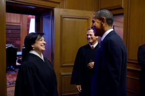 Justice Elena Kagan with President Barack Obama and Chief Justice Roberts, 2010. (Pete Souza, Official White House Photo)