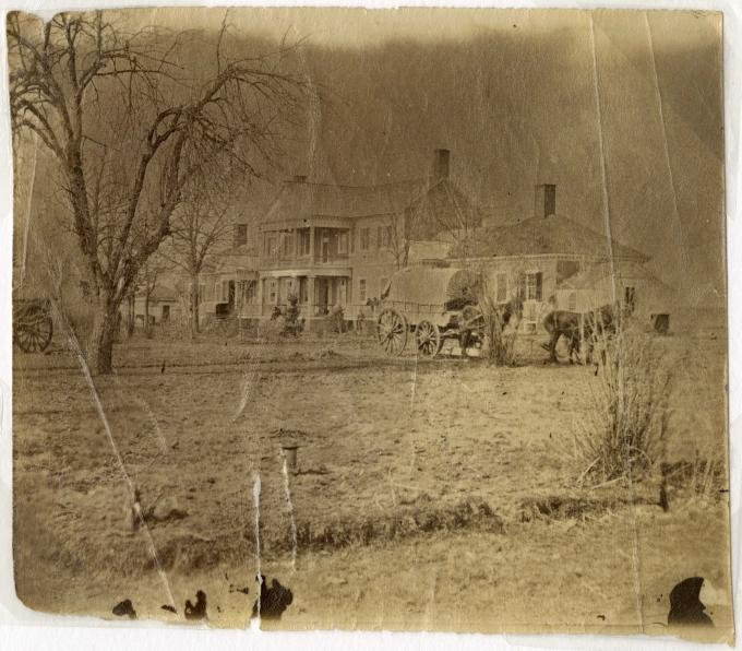 The Lacy House, Fredericksburg, circa 1862-1865. (Gilder Lehrman Collection)