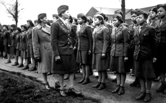 womens roles and world war ii essay World war ii: 1939-1945 tabs  government figures show that women's employment increased during the second world war from about 51 million in 1939 (26%) to .
