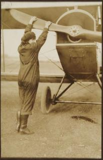 Neta Snook with plane, ca. 1920 (Gilder Lehrman Collection)