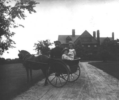 Roosevelt children in a carriage outside Sagamore Hill, n.d. Ms. Young (Governes